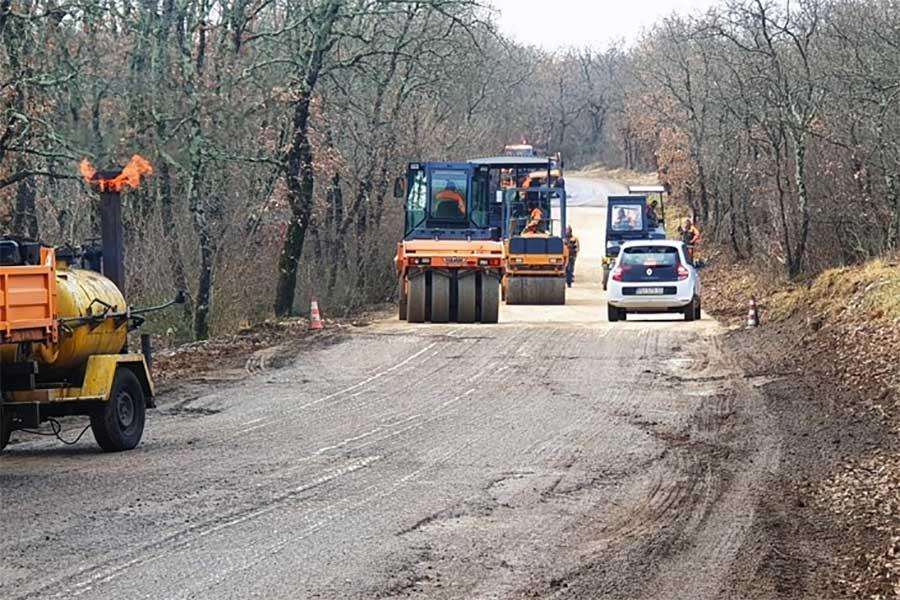 Nastavljena obnova ceste prema Kremenju